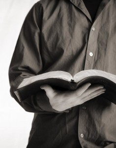 guy-reading-bible-cropped