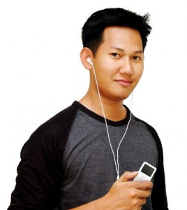 ipod-and-boy